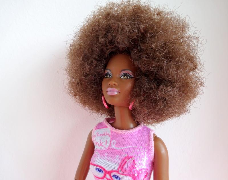 GoodGirlsCompany-My Black Doll-GoodGirlsCompany-donkere poppen-Barbie met kroeshaar