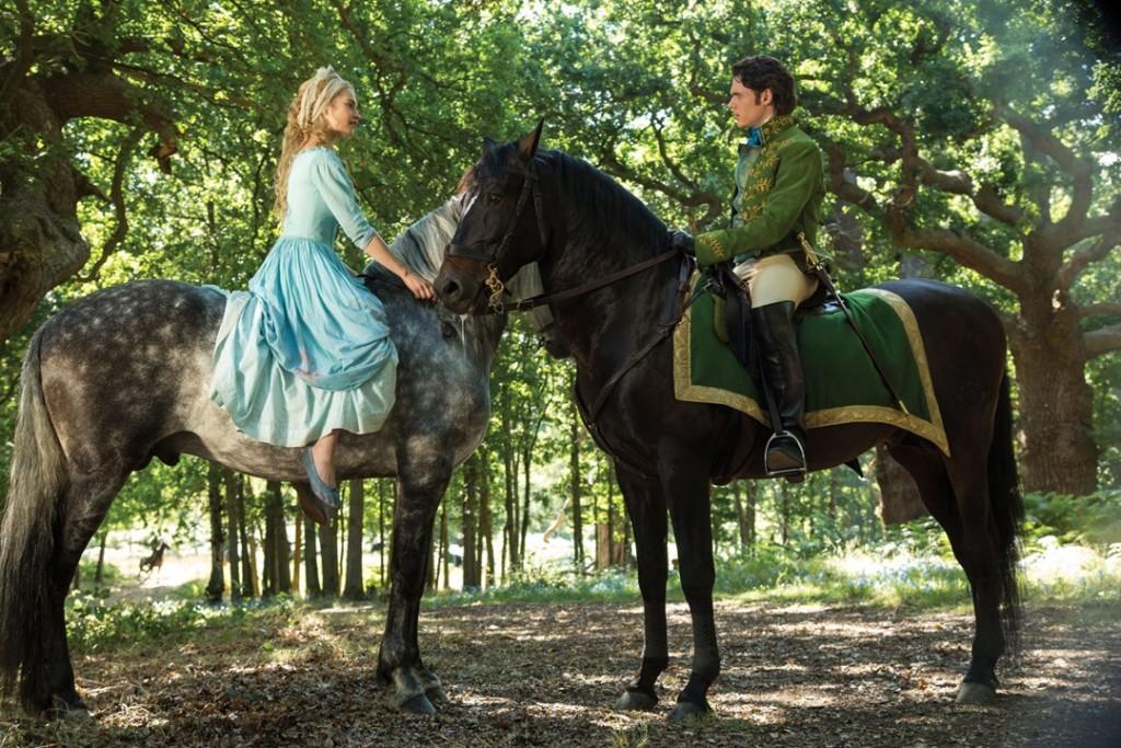 Review Cinderella 2015-Review Frozen Fever-Ella ontmoet de prins_GoodGirlsCompany