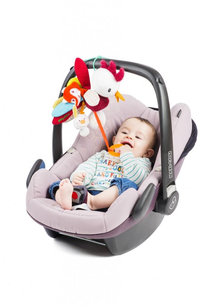 LILLIPUTIENS- John de haan_speeltjes voor autostoeltjes-GoodGirlsCompany-kip-haan-Liliputiens