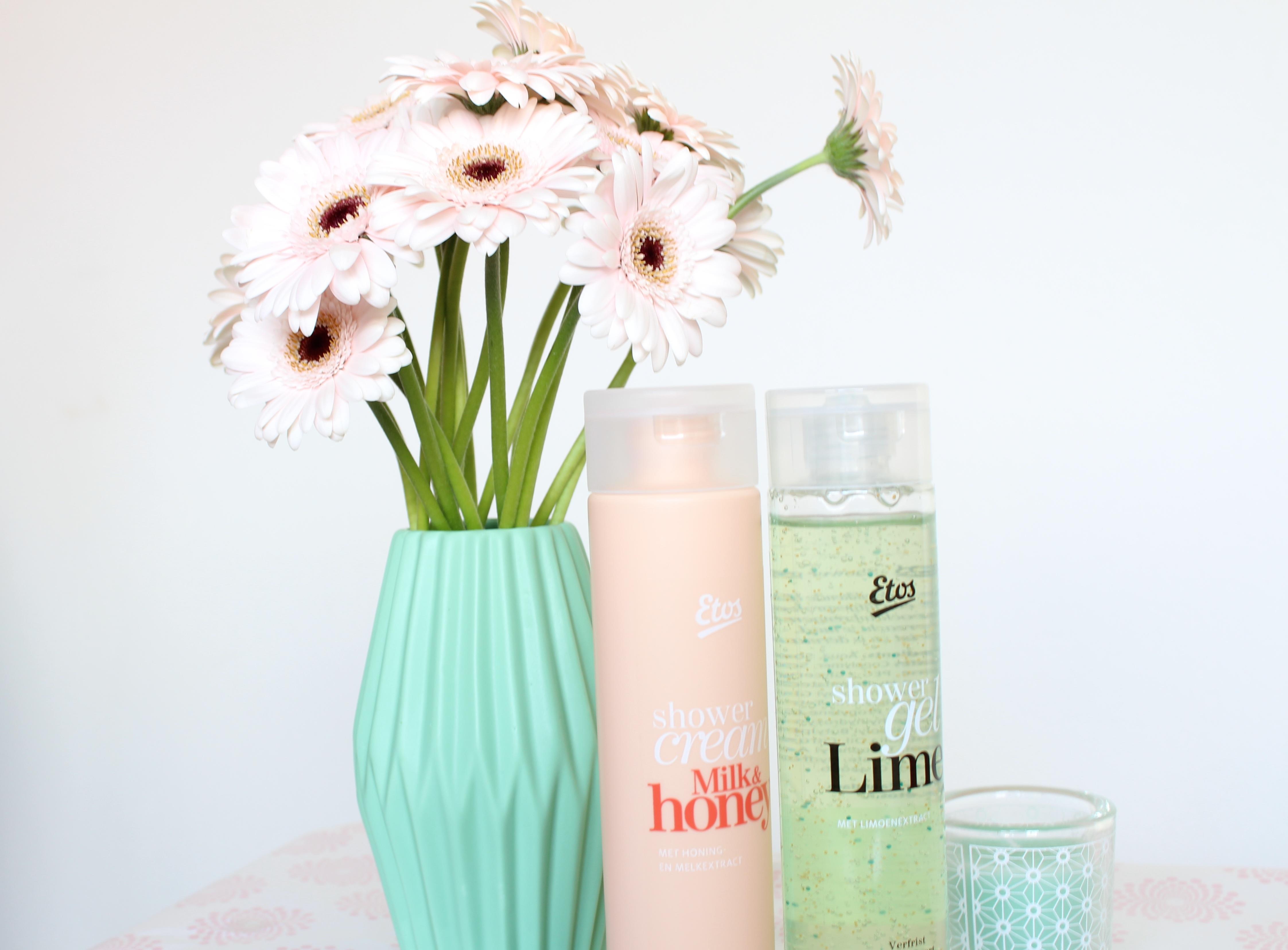 Etos shower cream Milk & Honey en Etos shower gel Lime
