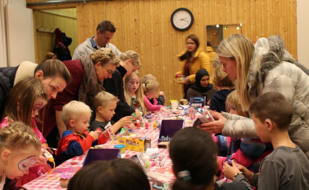 Starlily event van Hasbro-GoodGirlsCompany-speelgoed voor Sinterklaas