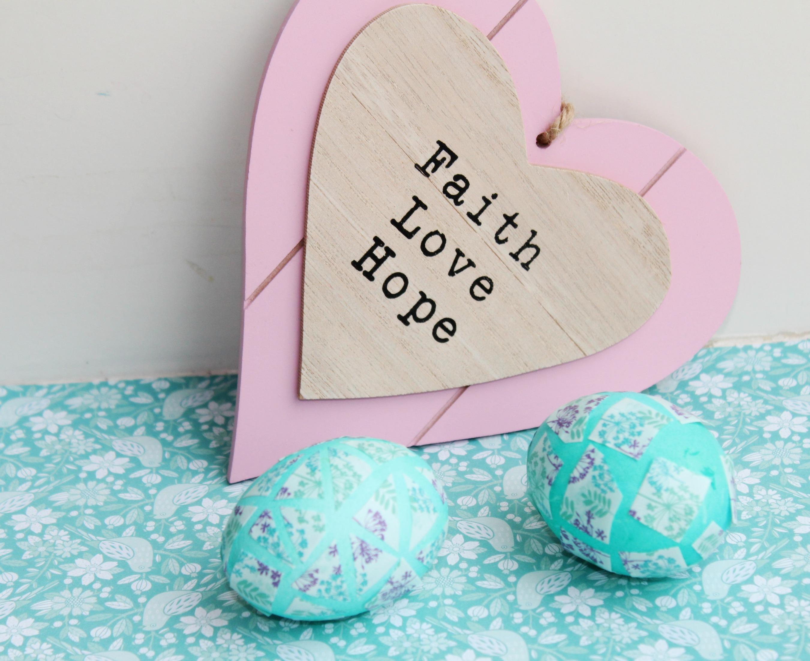 Paaseieren versieren met washi tape-GoodGirlsCompany-decorating easter eggs- paaseieren versieren met washi tape