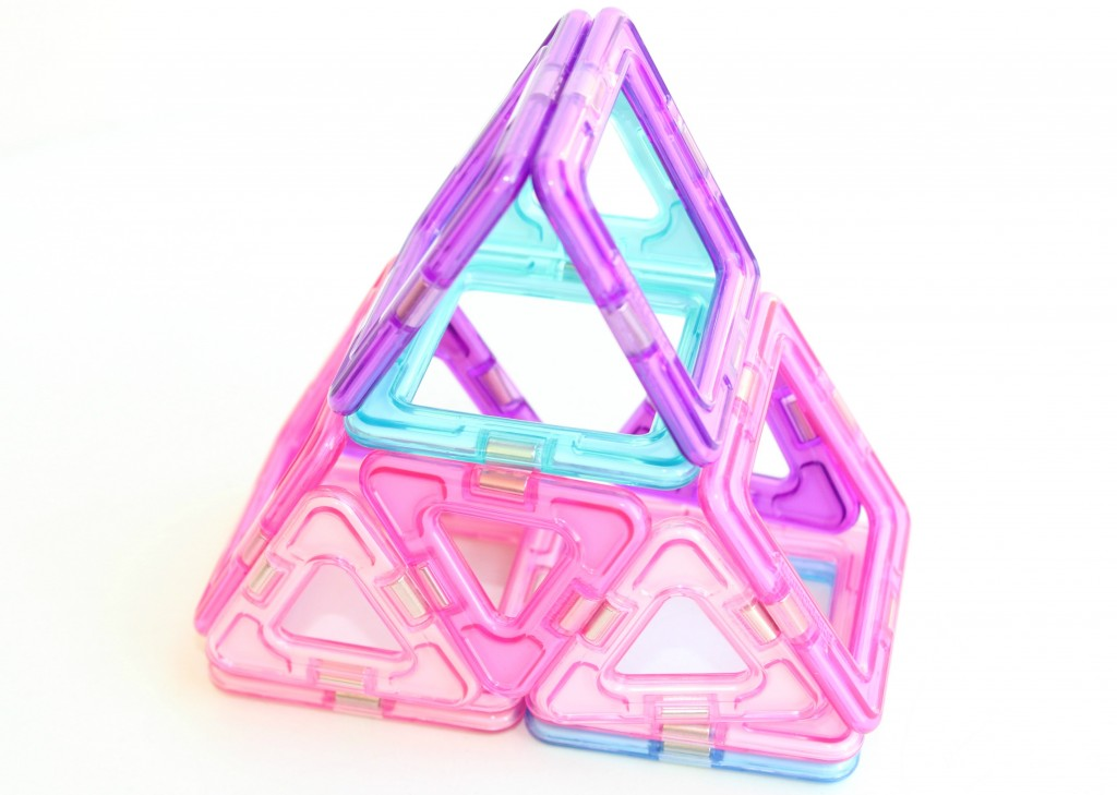 Magformers- tent-GoodGirlsCompany-review
