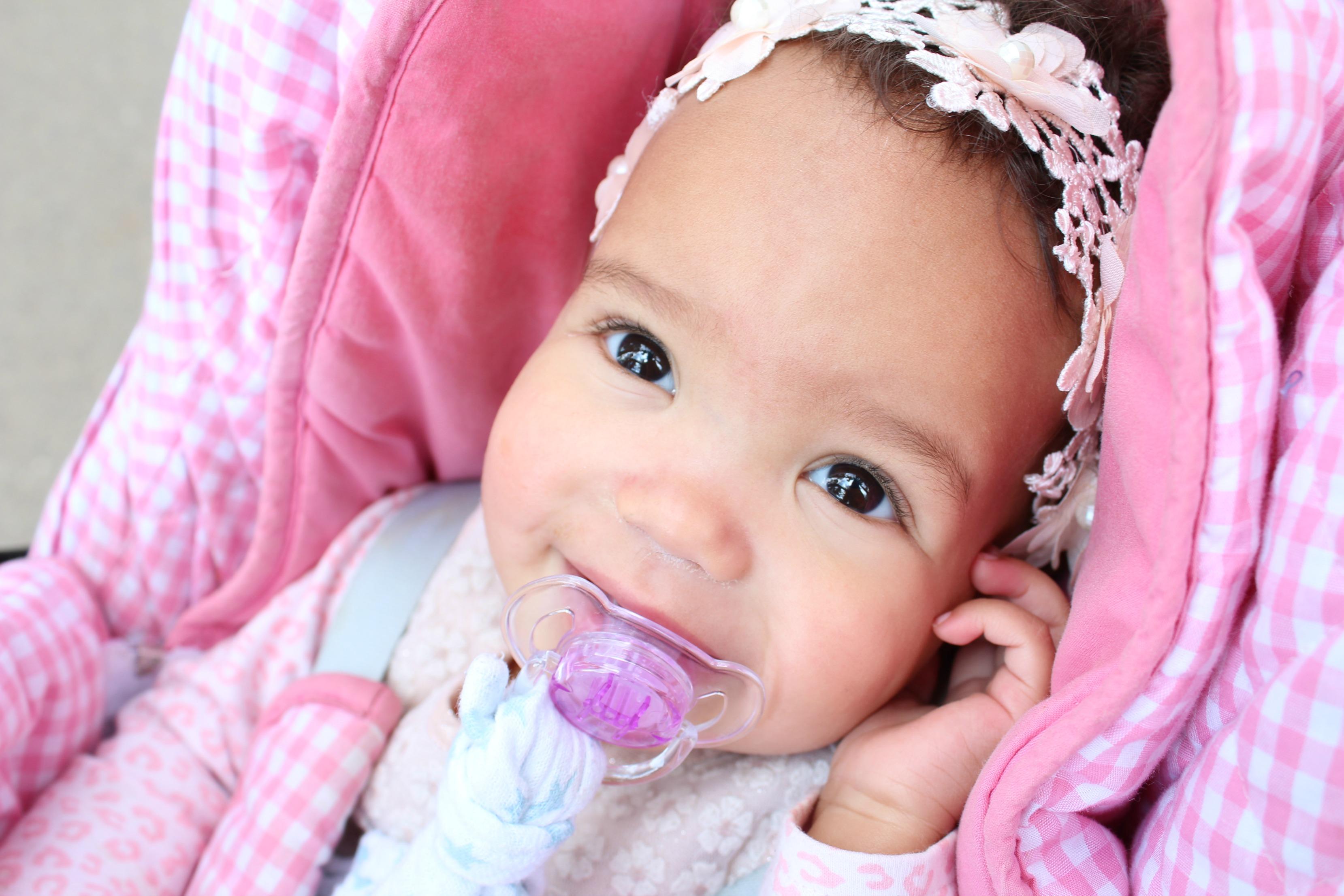 Blijf van mijn kind af-Over ongewenst aanraken van babys door anderen-GoodGirlsCompany