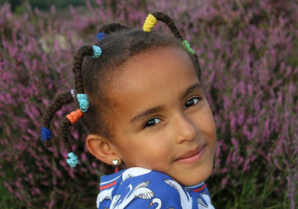 kroeshaar_kinderen_black-hair_goodgirlscompany