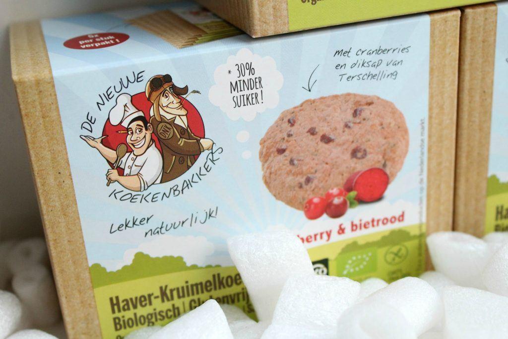 De-Nieuwe-Koekenbakkers-Haver-Kruimelkoek-Cranberry-Bietroot-GoodGirlsCompany