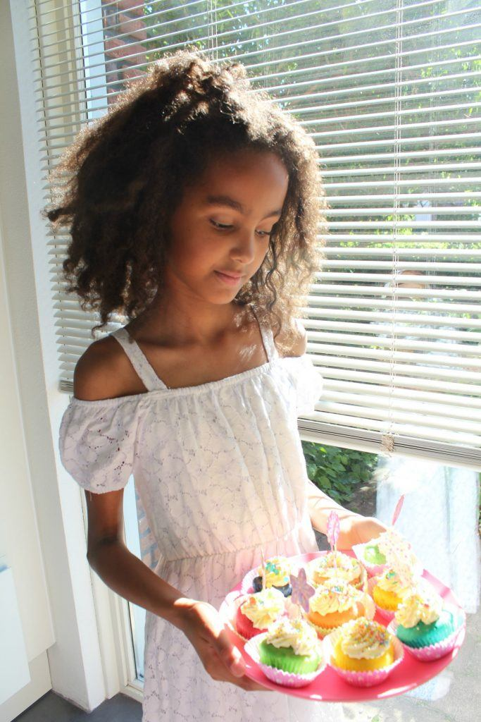 unicorn_party_rainbow_cupcakes_springles_GoodGirlsCompany