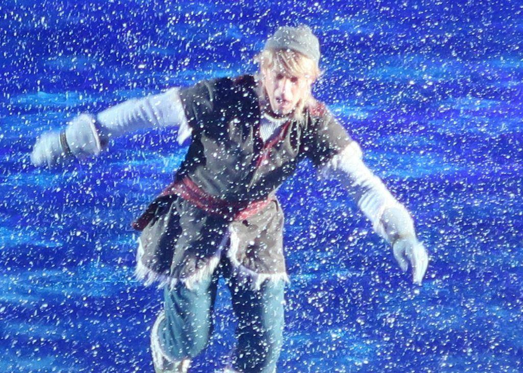 Kristoff-Disney-on-Ice-Frozen-GoodGirlsCompany
