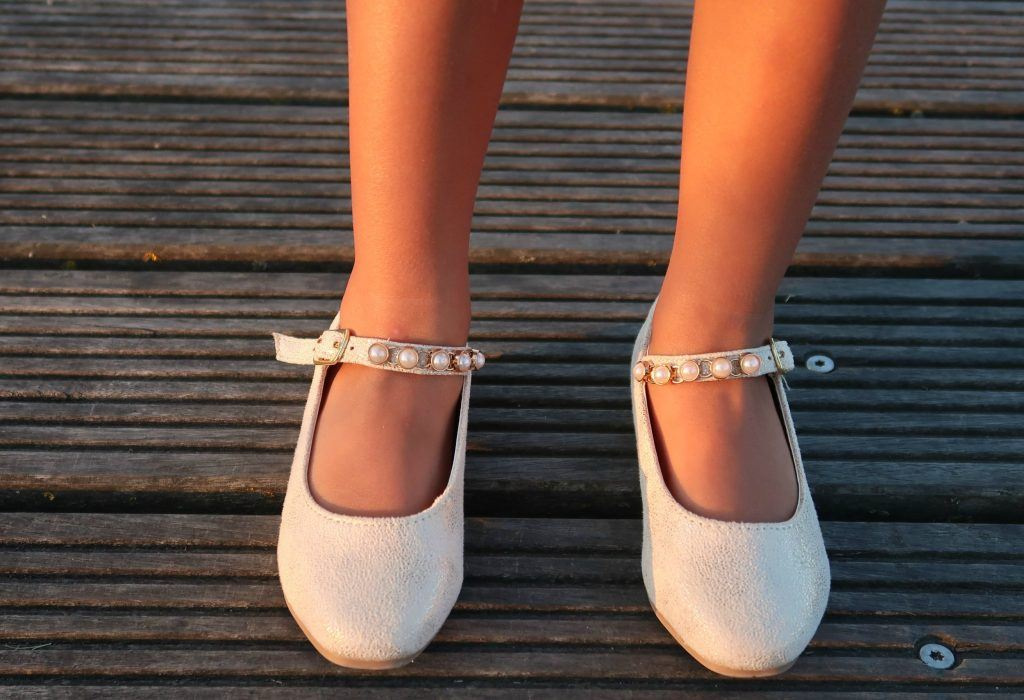 pearly heel & strap flats
