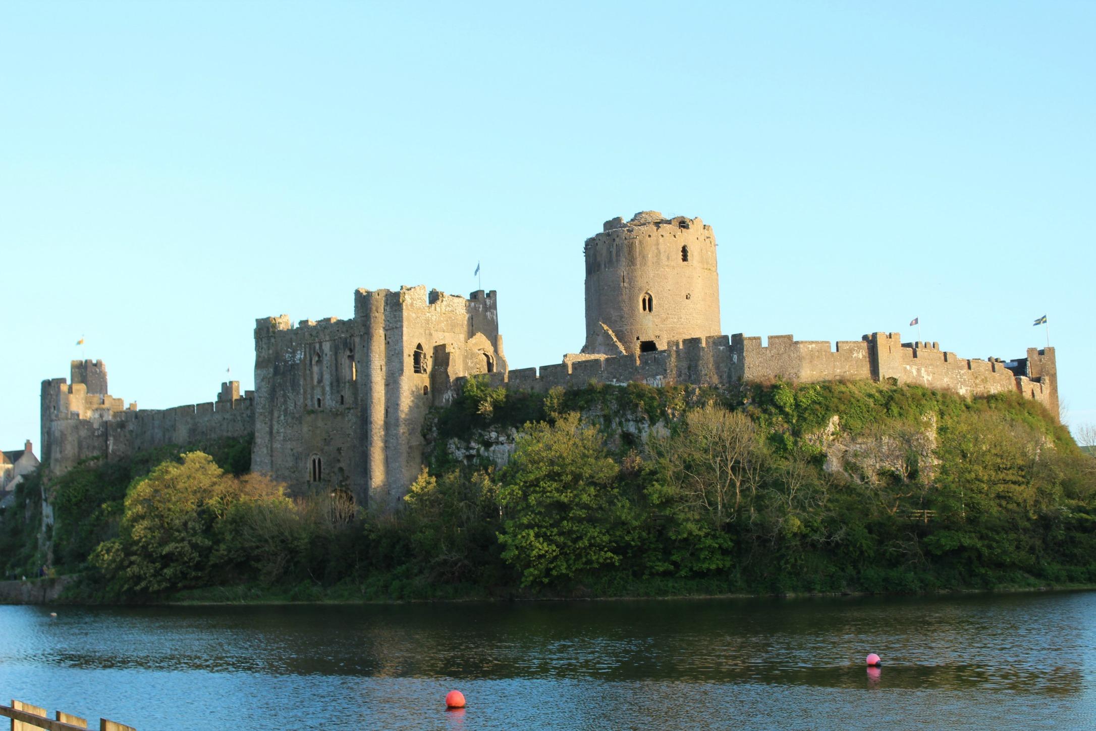 Pembroke Castle_the millennialmom